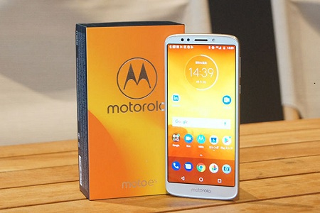 LINEモバイル Moto E5